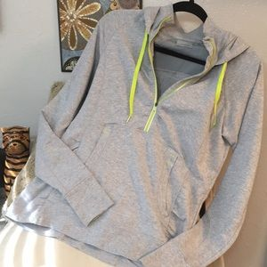 New Athleta Brand Grey Running Weather Hoodie Lg!
